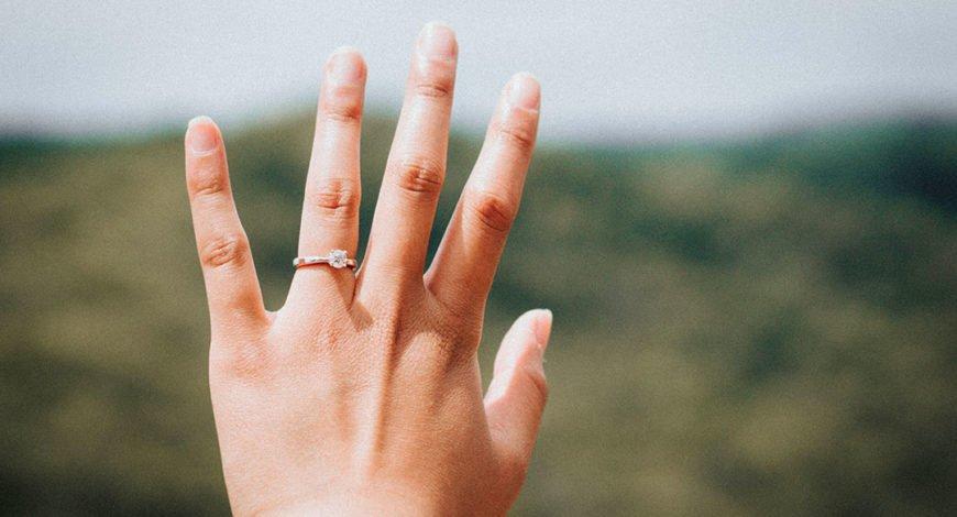 avoir des mains naturelles et de beaux ongles